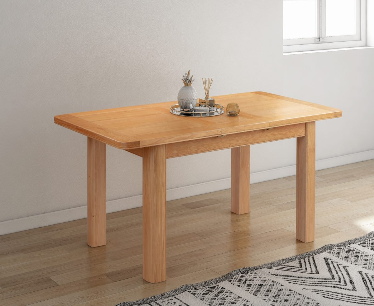110 39 Chatsworth Extension Table Feature