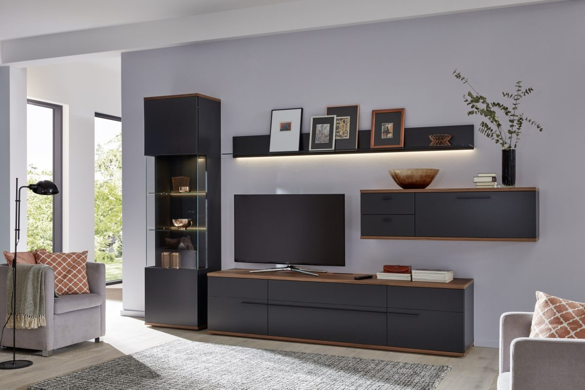 AT111 in anthracite lacquer and natural walnut