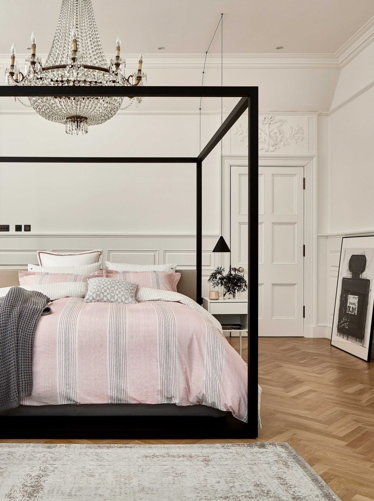 BEDECK OF BELFAST Kala main bed LR