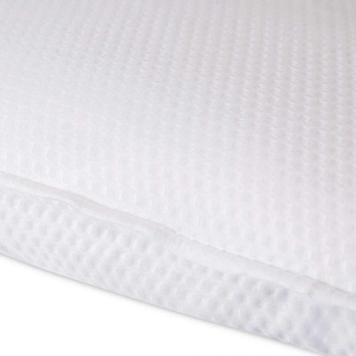Fine Bedding Breathe Duvet Detail 1024x1024