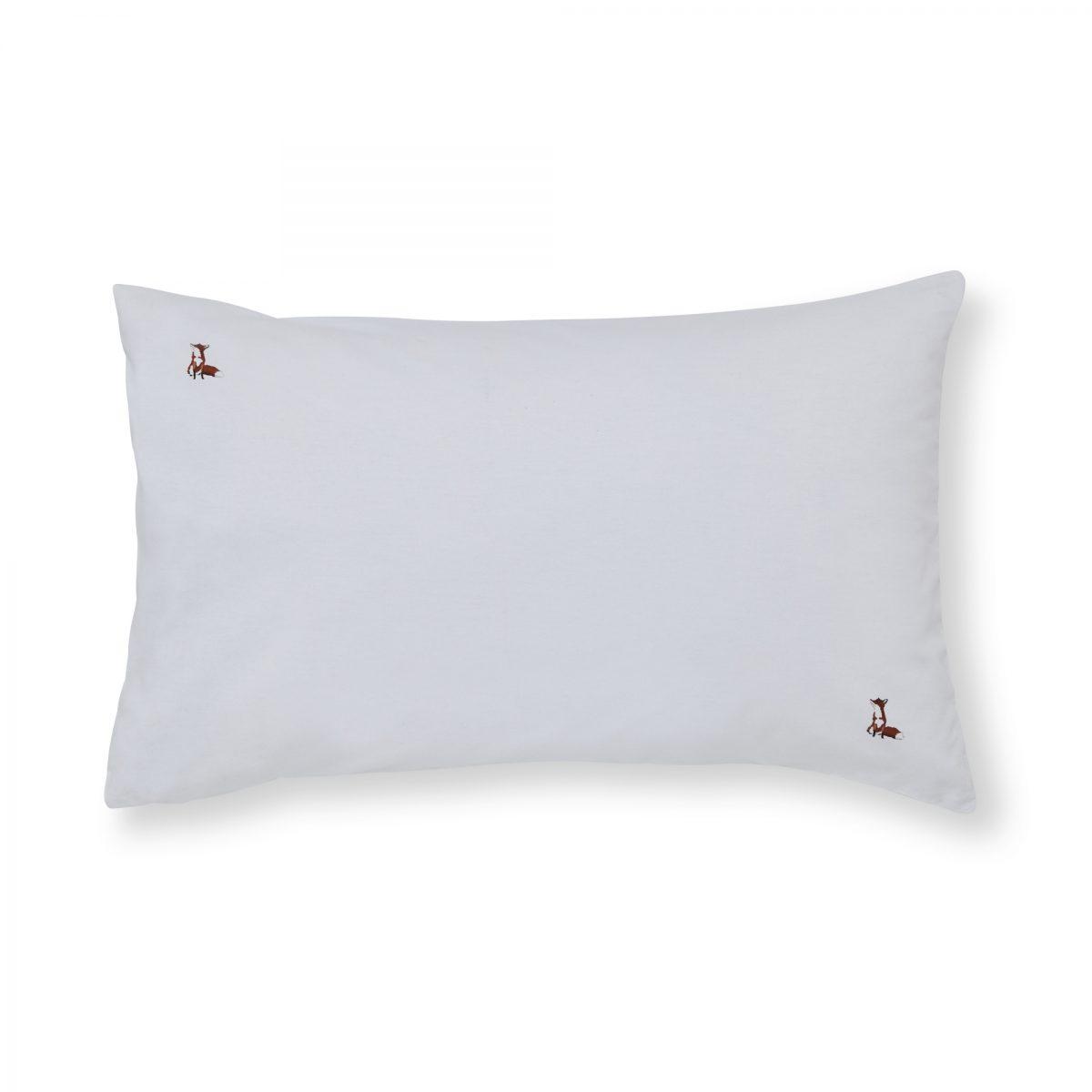 Foxes Pillowcase Cut Out