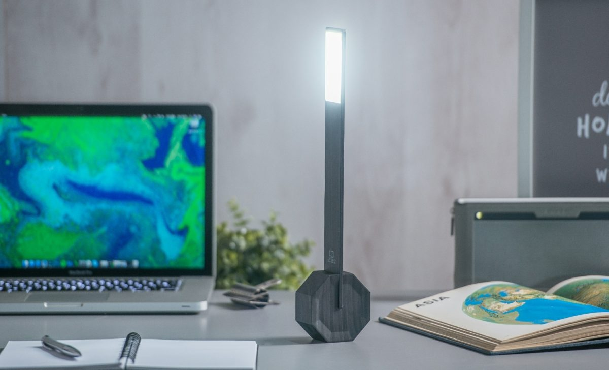 Gingko Octagon One Portable Desk Light17