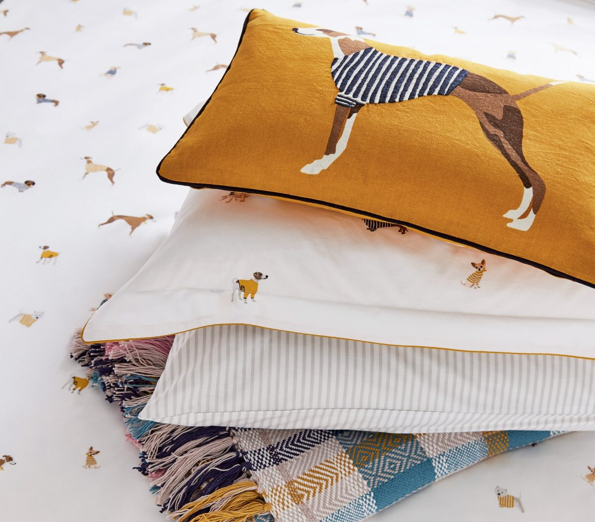 JOULES Harbour Dogs stack