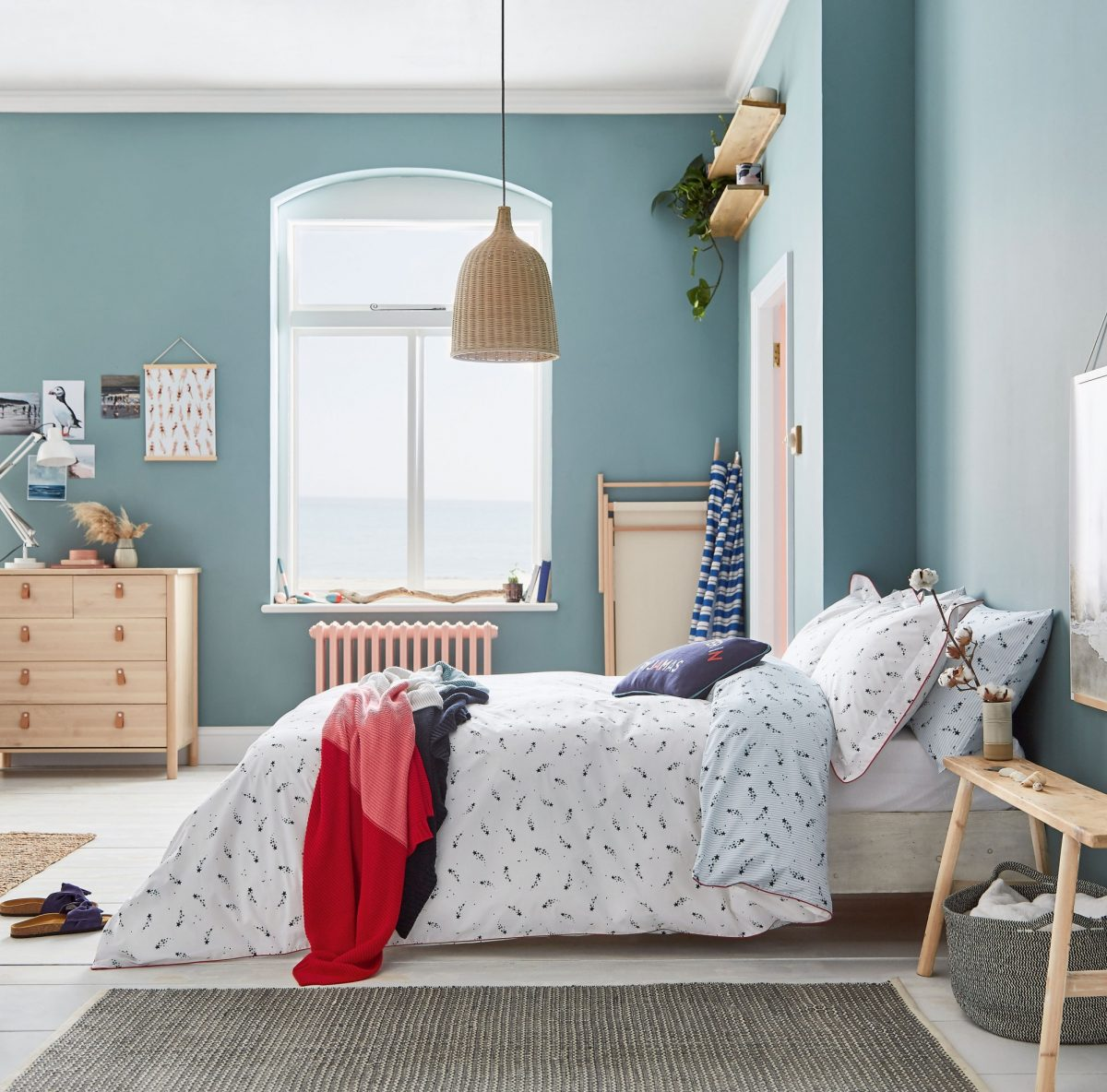JOULES Shooting Stars main bed LR