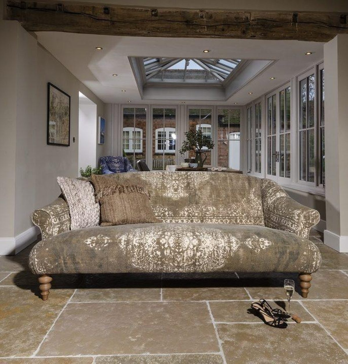 Jacaranda sofa e1554904950269