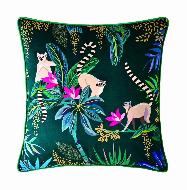 Lemur Cushion 50x50 1