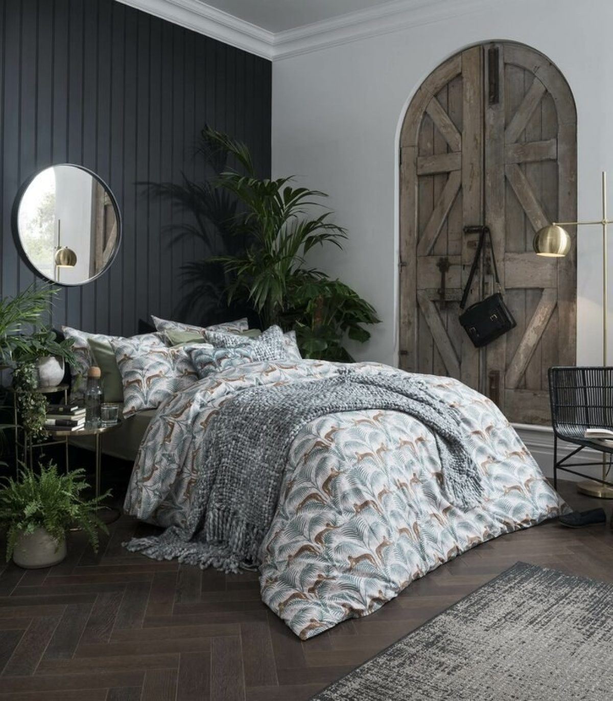 Lounging Leopards180 TC Duvet Cover Set