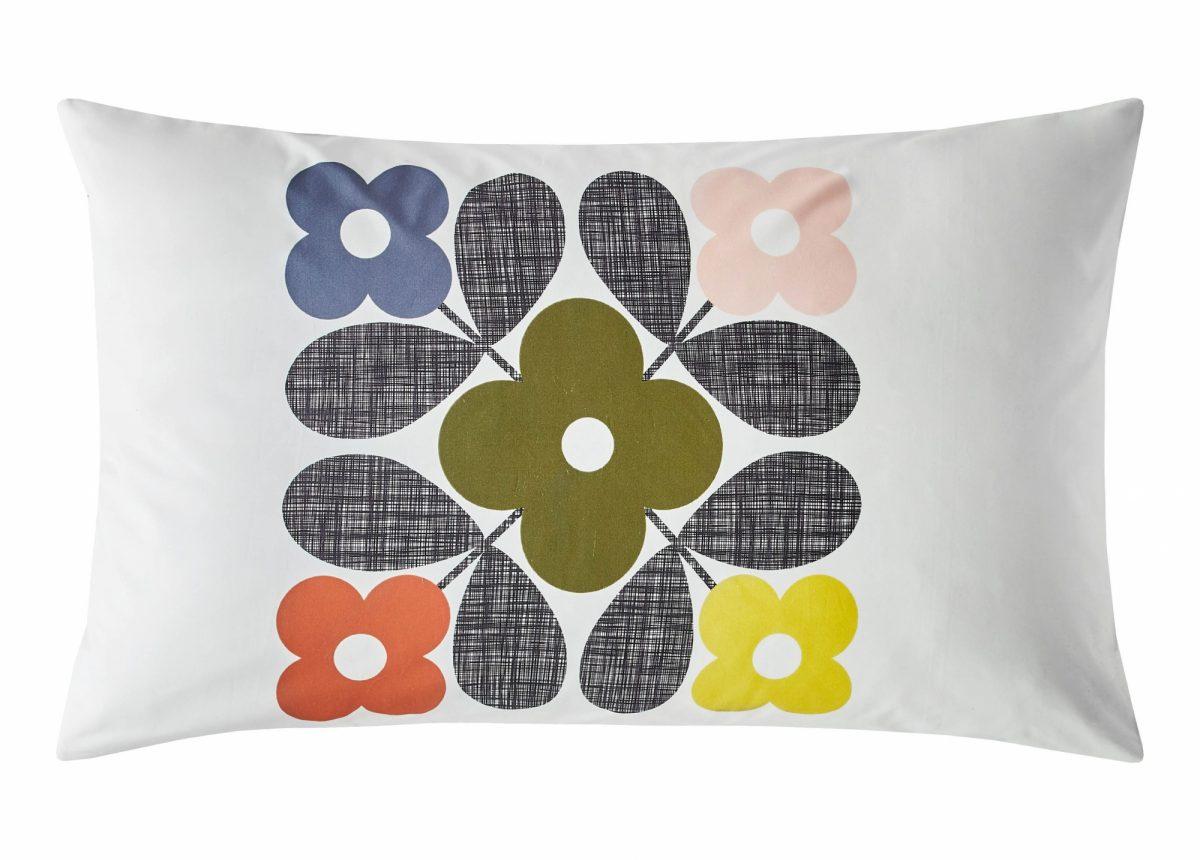 Placement Flower Tile Pillowcase Cut Out