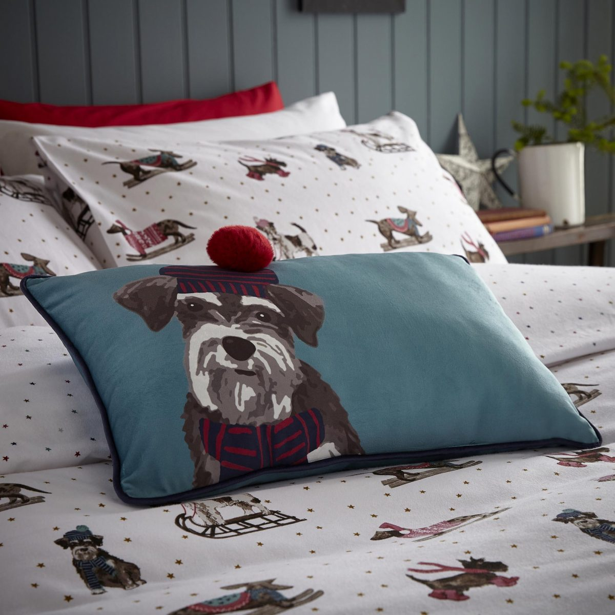 Sledging Dogs Cushion Cameo For Email