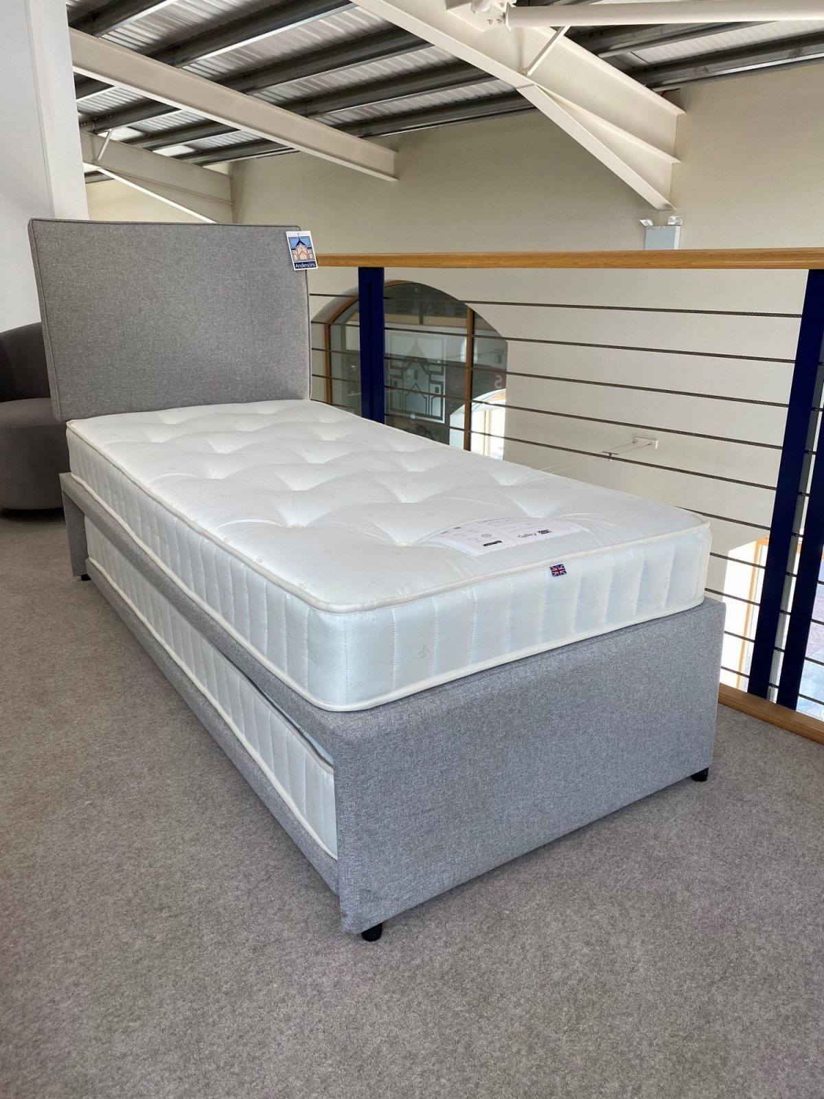 Upholstered Guest Bed Full