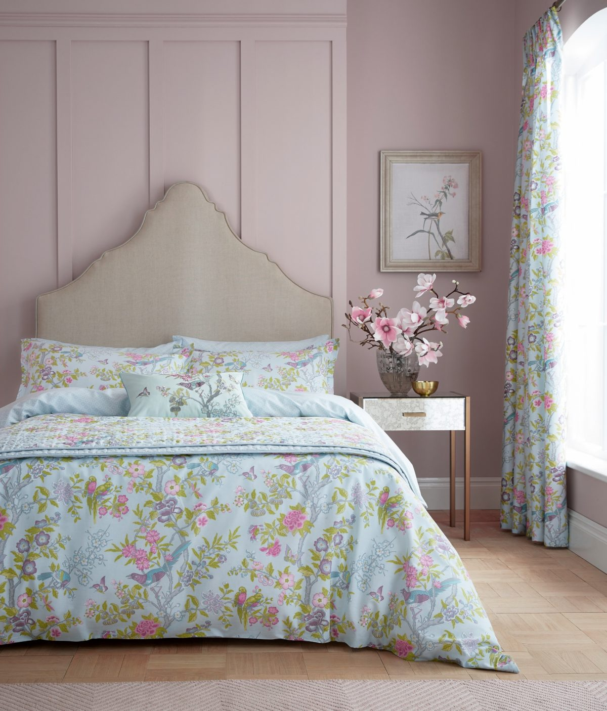 Va Chinese Bluebird Aqua Main Bed Hr