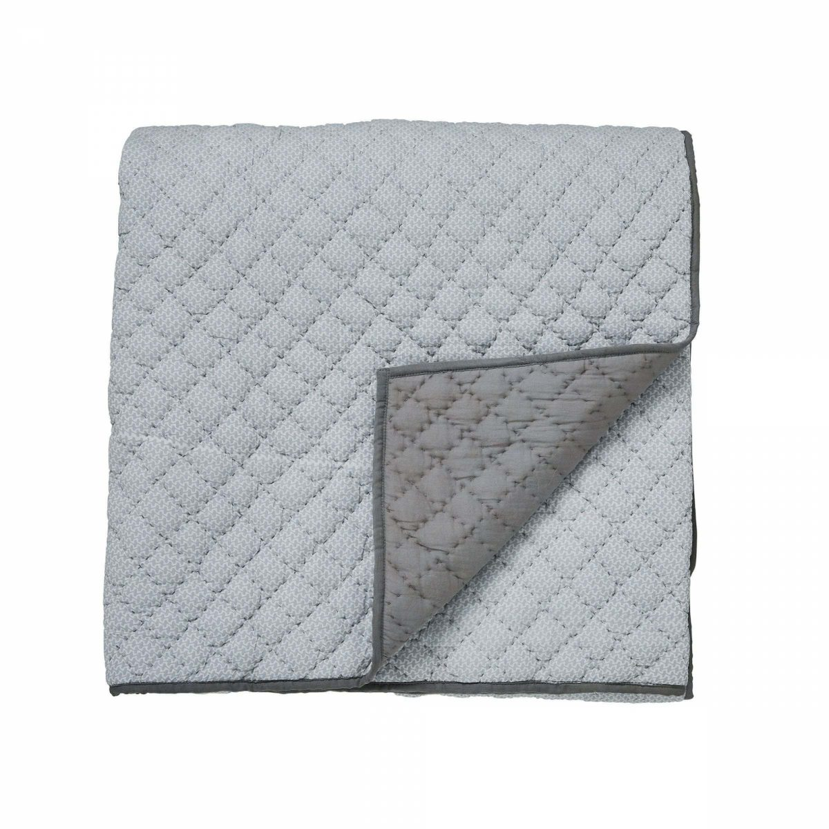 Bedeck of belfast cadenza grey quilted throw cut out