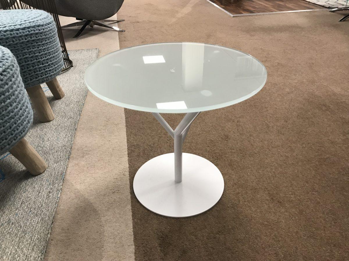 Helder Branche Table