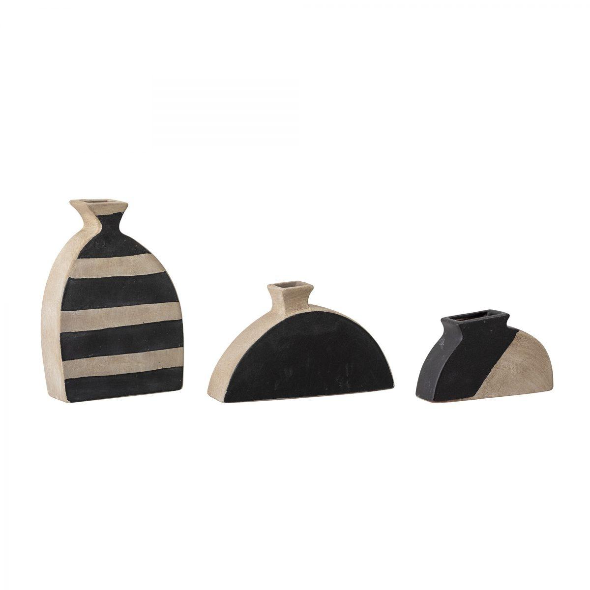 Terracotta vase 1 3