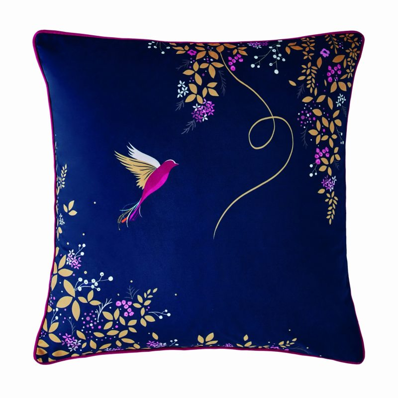Hummingbird Cushion 50x50 1