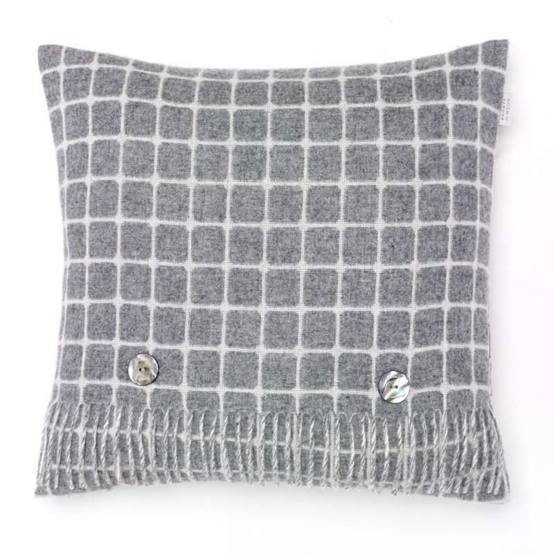 T0344 B02 LC Athens Grey Cushion
