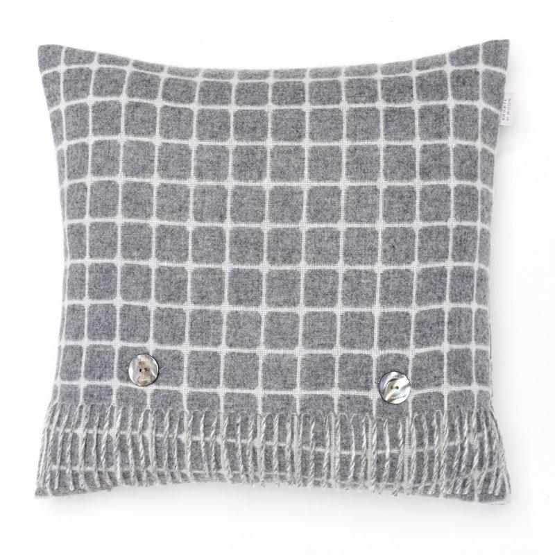 T0344 B02 LC Athens Grey Cushion