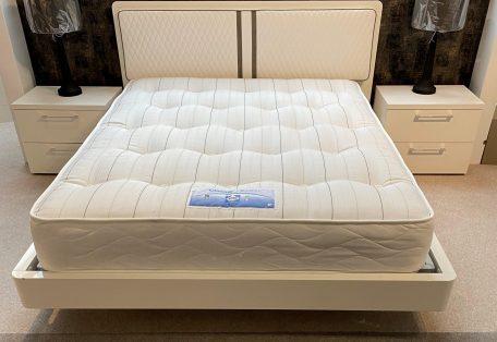 Dama Bianca Bed Full