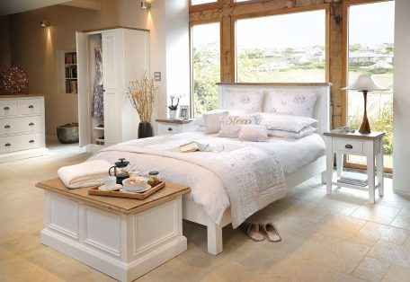 Lulworth-Bedroom-Lifestyle-1