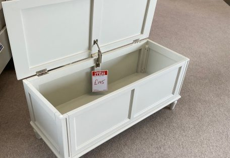 Melody Blanket Box Open Front