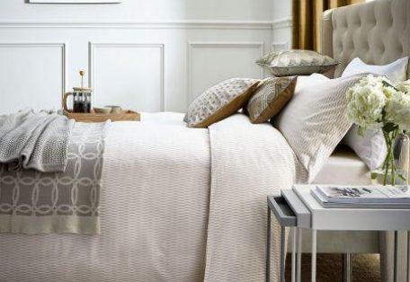 Pb_hotel_zella_cashmere_main_bed_hr_4